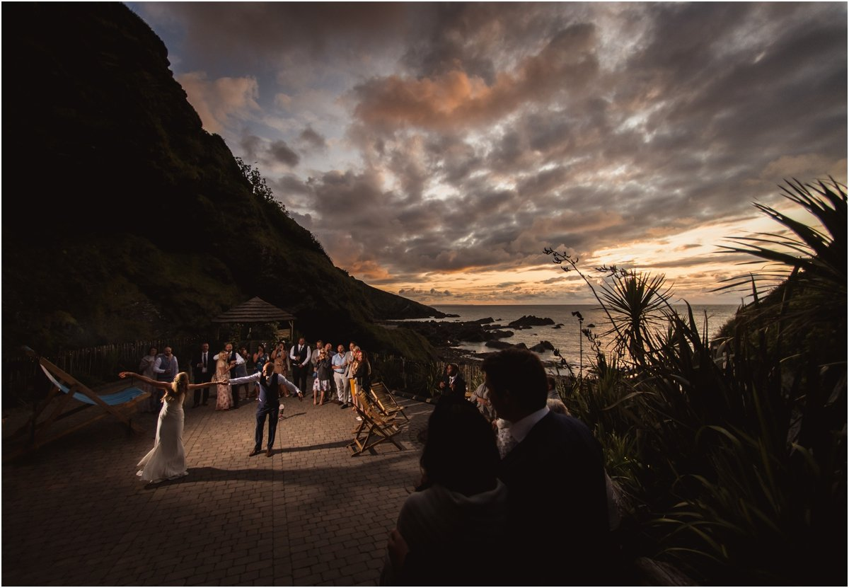 Tunnels-Beaches-wedding-photography