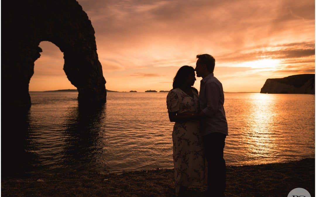 Durdle Door Engagement Photographer – Robin Goodlad Photography